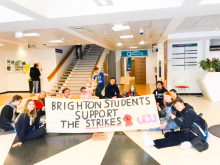 Students in Brighton supporting the UCU strikes